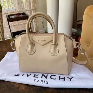 Givenchy small antigona.